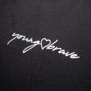 YB_WHTEE_BLK_logo